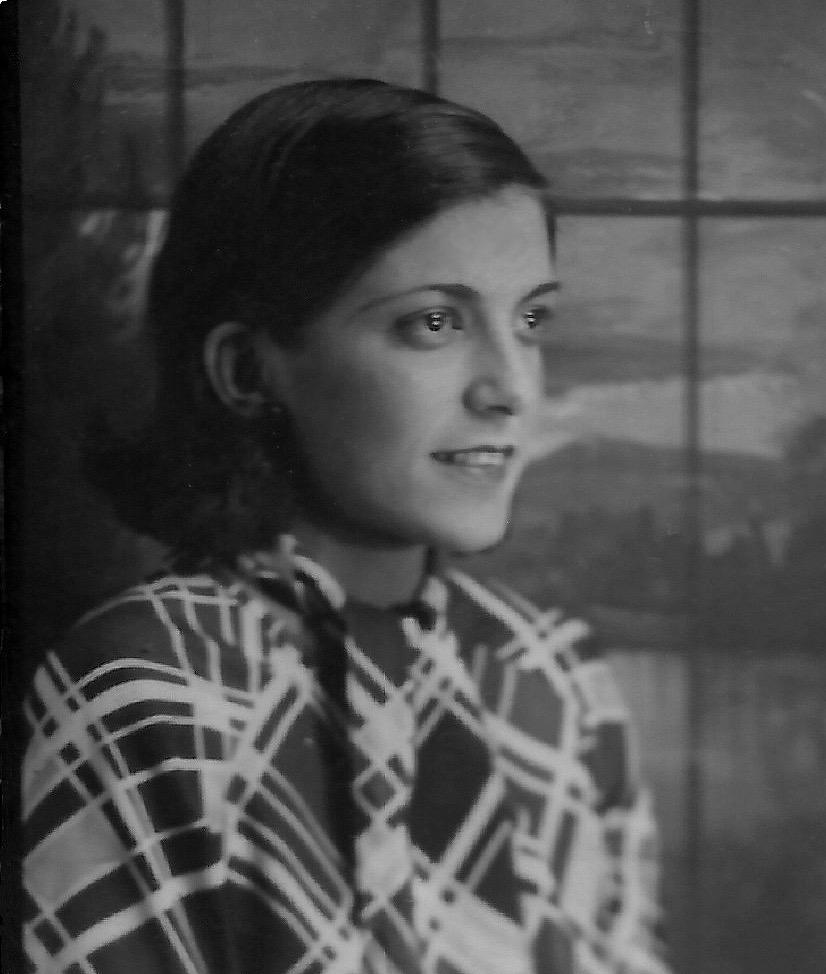 Hortensia Lavin Morales