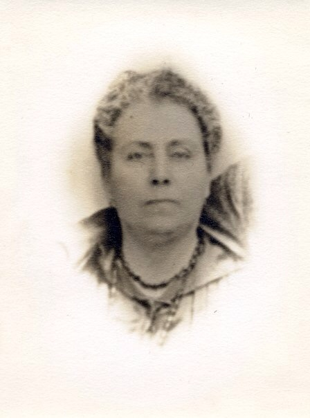 Inez Peña Paula