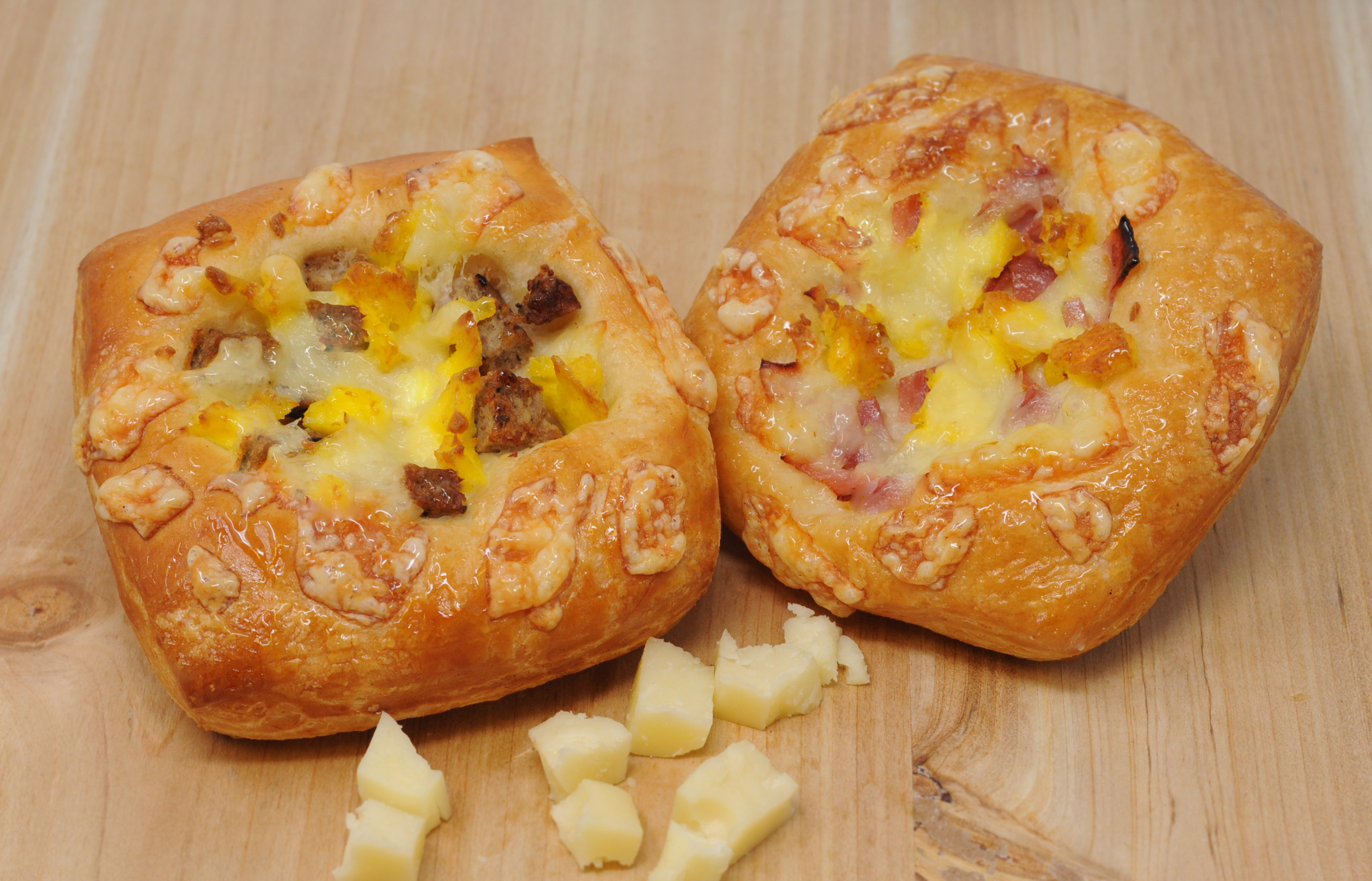 Ham & Cheese Asiago Crobatta
