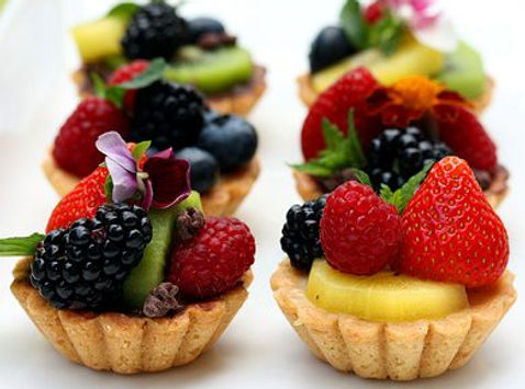 Mini-Fruit Tarts.jpg