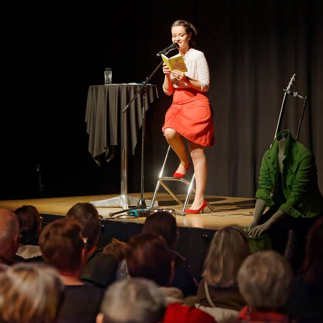 Buchfestival_2019_Freitag_15.jpg