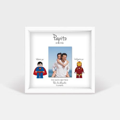Héroes de lego en papel