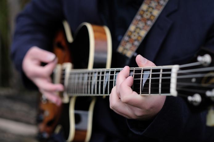 Plackett Simons (guitar close up).jpg