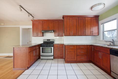 4069 Lincoln Kitchen II.jpg