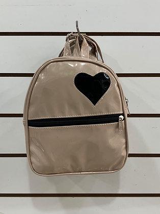 Mochila corazón 23x21cm.