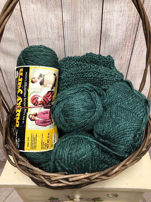 Bulky weight yarn