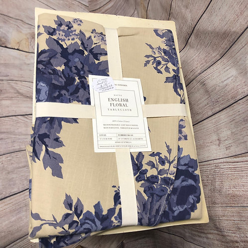 Tablecloth & Napkins