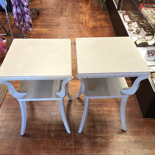 Pair Nightstands\End Tables