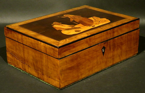 A Very Good 19th Century Sorrento Marquetry Jewellery Box / Trinket Box, Italy