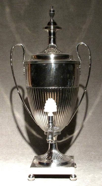 A Fine 19th Century Georgian Style Silverplated Tea Urn, English Circa 1880