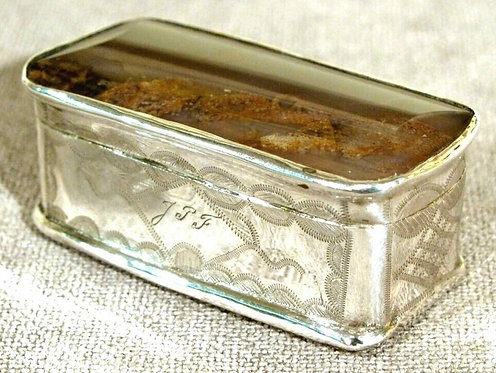 Mid 18th Century Silver and Moss Agate Snuff Box of Rectangular Form