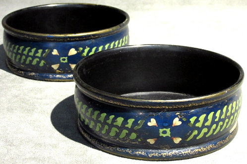 A Very Good Pair of Early 19th Century Papier-Mache Wine Coasters, England