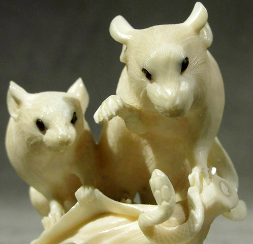 A Finely Carved Japanese Ivory Okimono of Rats, Meiji Period (1868-1912)
