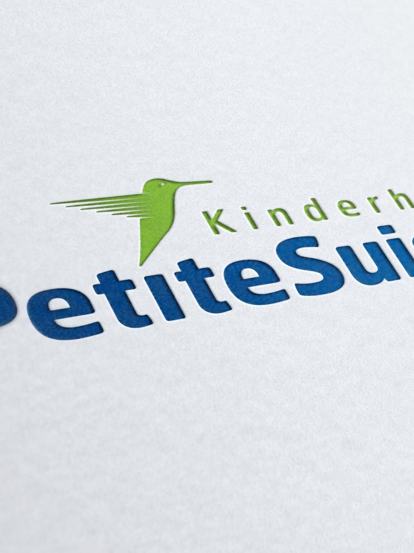 Hauptlogo_PetiteSuisse_edited.jpg