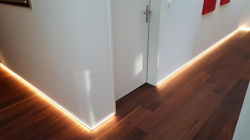 LED-Sockelleiste weiss 40/12 mm