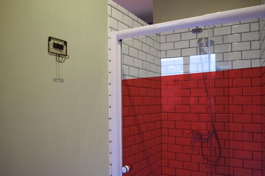 commercials-shower-design.jpg