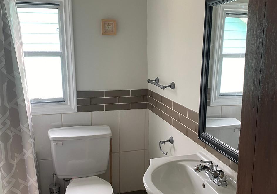 A Shore Thing Washroom