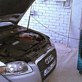 Audi A4 2.jpg