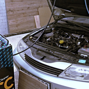 Renault Laguna.jpg