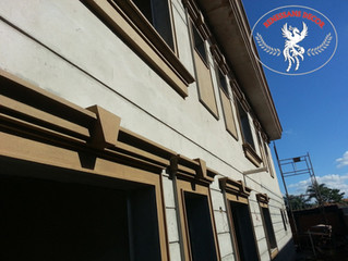 Moldura em EPS para guarnição de portas e janelas