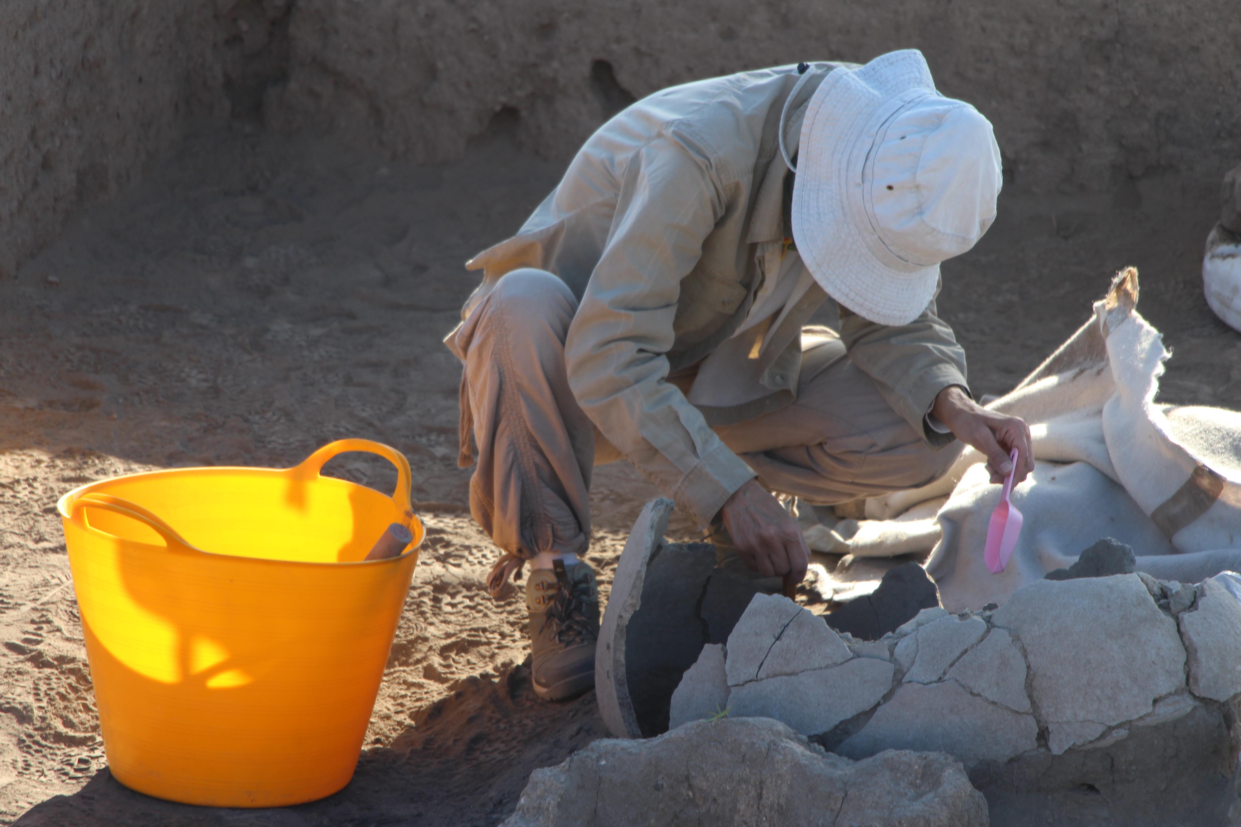 Çömlek mezarın açılması