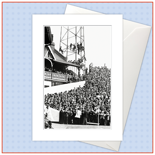 Golden Age Of Football: Capacity Crowd