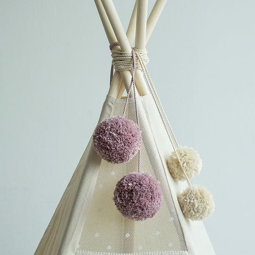 Pom Poms for Nursery Decoration in Lilac