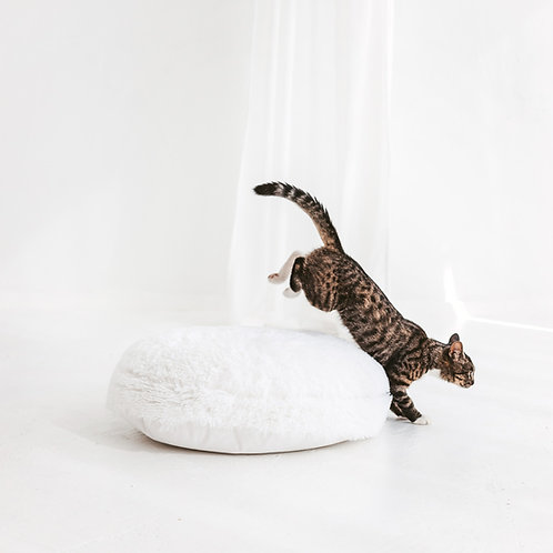 Soft Cat Pillow from White Faux Fur - Comfy Pets Bedding - Self Warming Cat Cushion