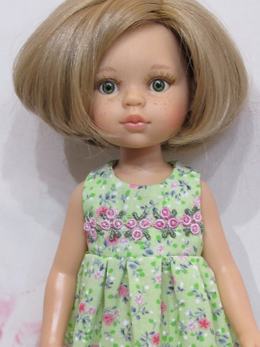Paola Reina 32cm: Green with Pink Roses Nightie