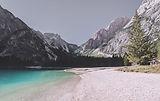 Lago y de las montañas