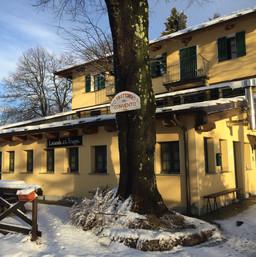 Trappa Murgioni facciata neve.JPG