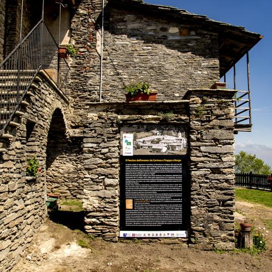 Certosa Murgioni cartello dentro.jpg