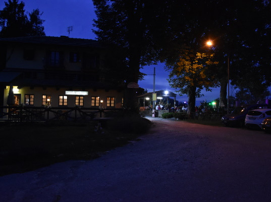 Trappa by night 1.JPG