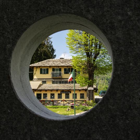 Trappa Murgioni cerchio pietra.jpg