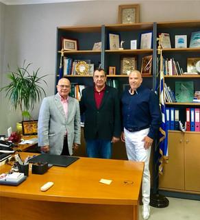 Νέα στρατηγική συμφωνία για την ανάπτυξη του τουρισμού στη Σαντορίνη