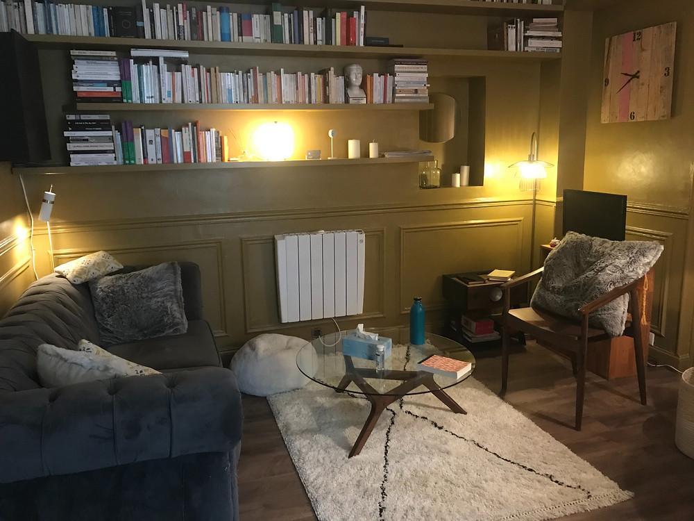Cabinet Diane Baudry Psychothérapie Hypnothérapie Paris 18 : une rentrée à soigner dans un cabinet tout neuf. Thérapie individuelle, de couple et familiale. Prise de rdv en ligne sur https://www.diane-baudry-psy.com/book-online
