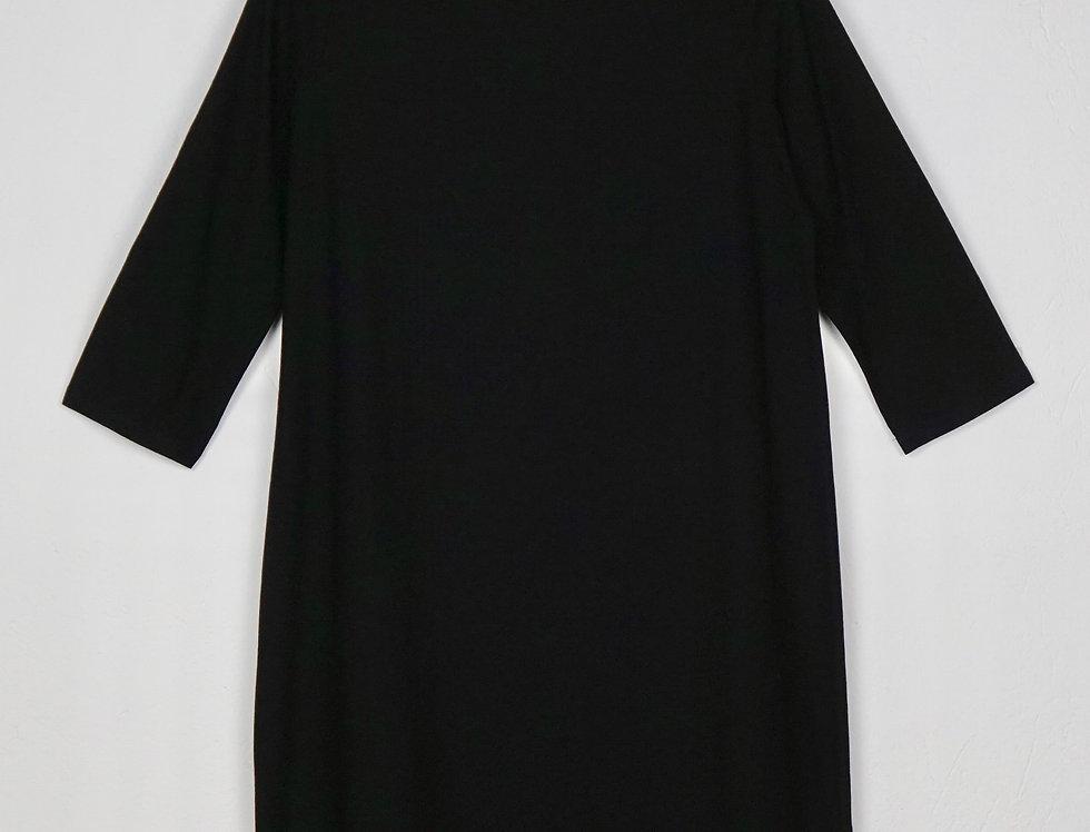 Kleid Bateau Neck