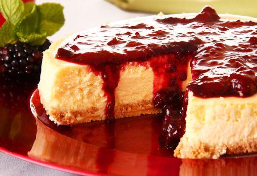Cheese cake com calda de frutas vermelhas e cream cheese - Tudo Tortas