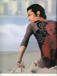 issey-miyake-east-meets-west-1987-00014.jpg