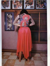 issey-miyake-east-meets-west-1987-00017.jpg