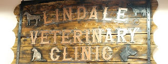 Lindale Veterinary Clinic Sign