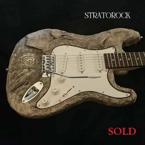 Stratorocksold.jpg