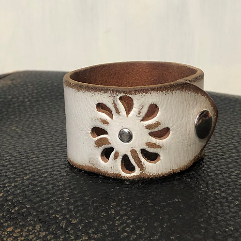 White Leather Leather Cuff Bracelet