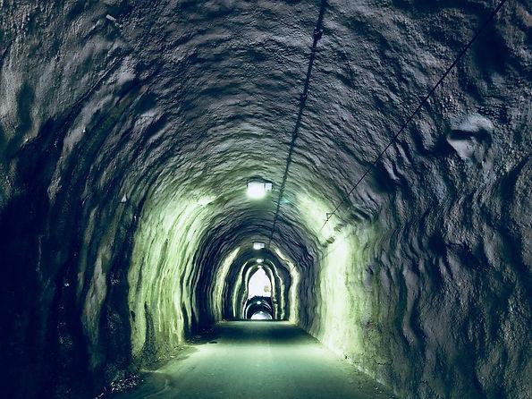 2階建てトンネル