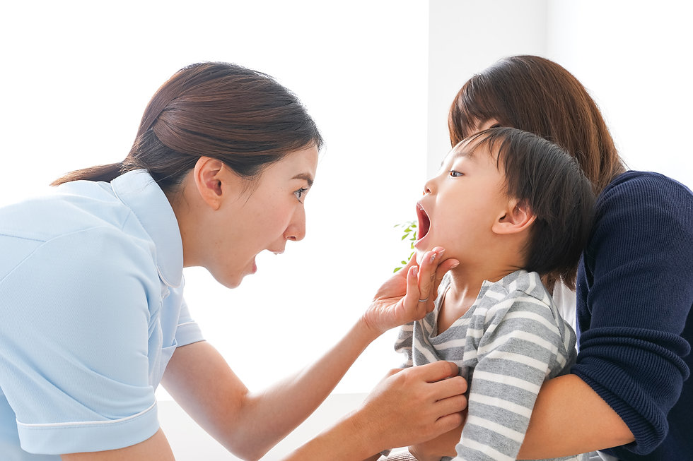 歯科衛生士と子供