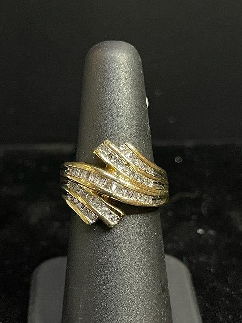 10KYG Promo Diamond Ring