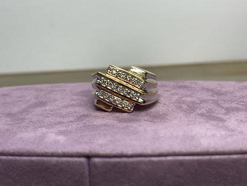 10KYG Diamond Row Ring