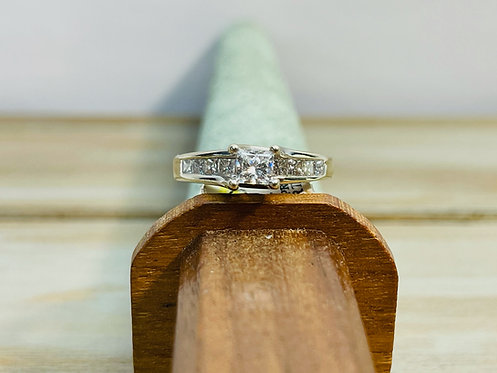 14KWG Vintage Inspired Ring w Hand Engraving