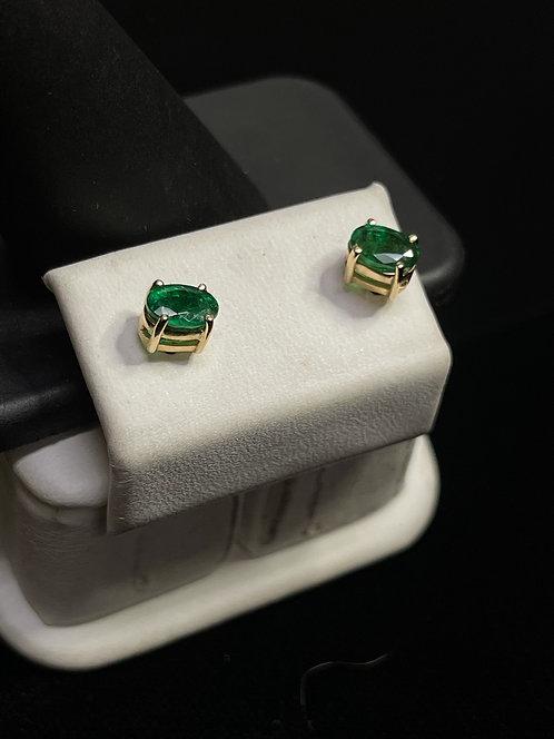 14KYG Emerald Stud Earrings