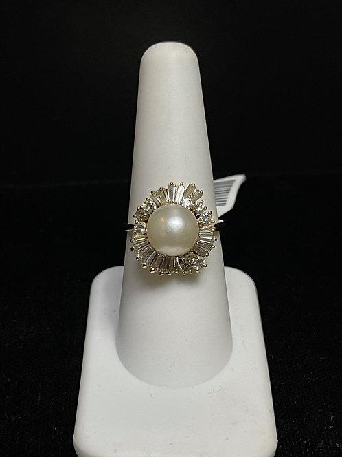 18K Diamond & Pearl Ring